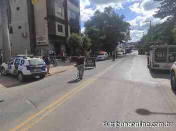 Motociclista morre após perfurar olho em acidente em Linhares - Tribuna Online