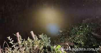 Carro cai em rio e motorista morre em Vargem Alta - A Gazeta ES
