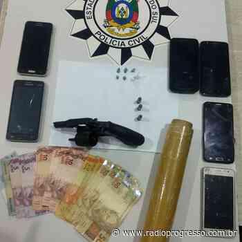 Polícia Civil efetua apreensões no Condomínio da Pedreira - Rádio Progresso de Ijuí