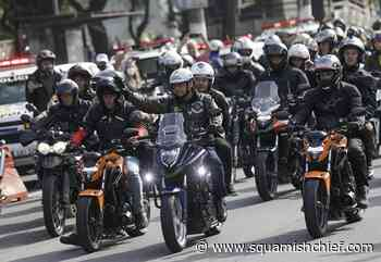 Bolsonaro fined for flouting mask at mass motorcycle rally - Squamish Chief