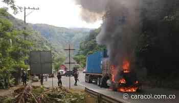 Asesinan manifestante en Yumbo e incineran tractocamión en vía al mar - Caracol Radio