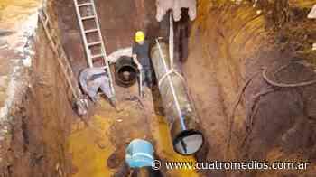 Quilmes: AySA trabaja en la zona del caño averiado - Cuatro Medios