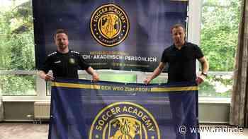 Sprungbrett für junge Talente: Internationale Fußballschule in Arnstadt vorgestellt - MDR