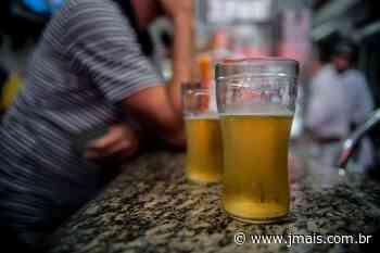 Com portas fechadas, bar promove aglomeração em Canoinhas - JMais