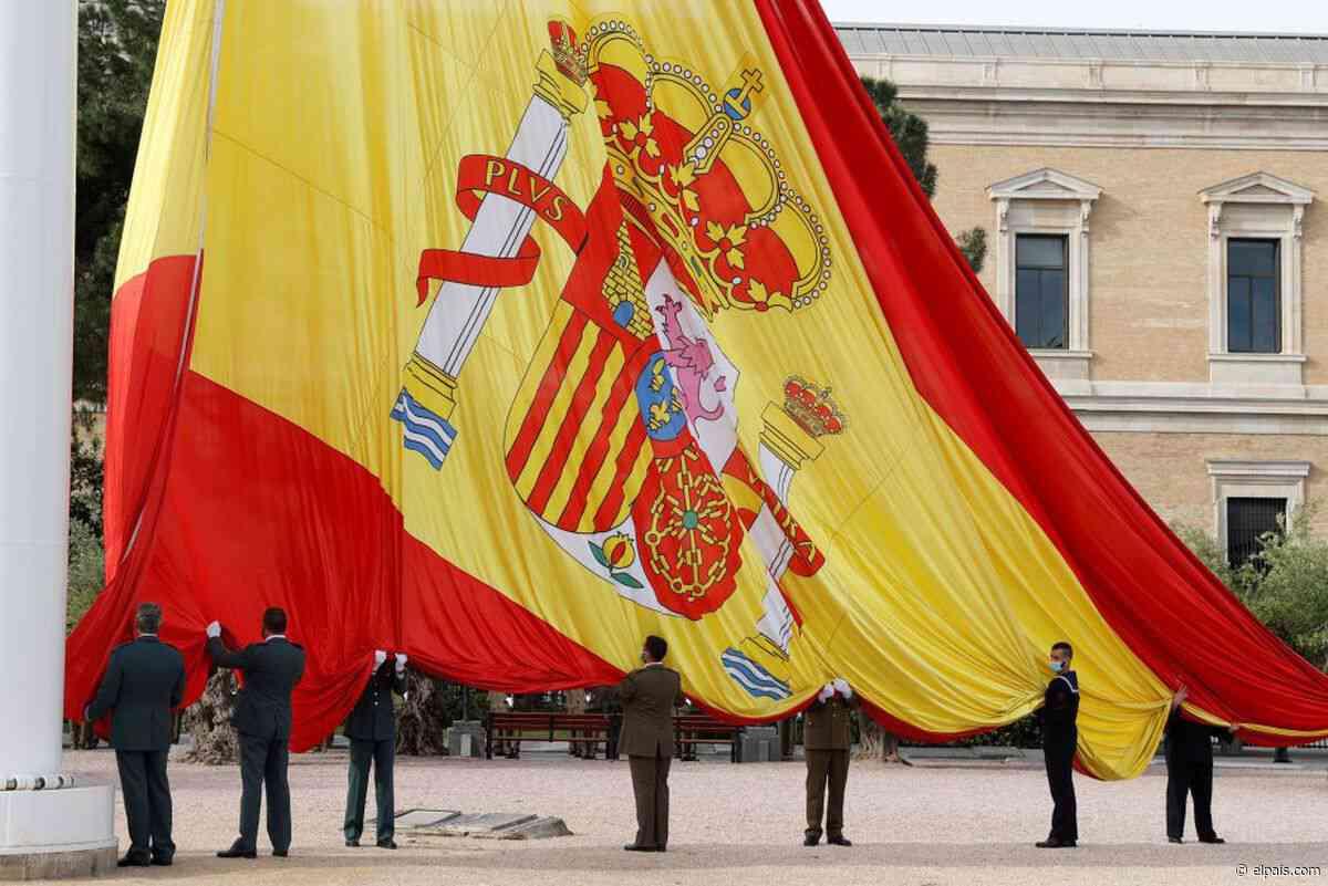 Entre la estatua y la bandera - EL PAÍS
