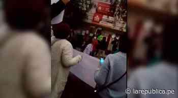 Trujillo: simpatizantes de Perú Libre realizan plantón fuera del Jurado Especial - LaRepública.pe