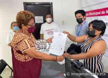 Firma acuse de mayoría de votos Esmeralda Mora en Nanchital - Imagen del Golfo