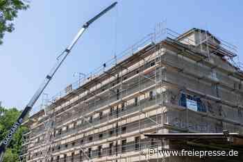 Neues Dach für künftiges Begegnungszentrum an Beegerstraße - Freie Presse