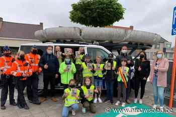 Kindergemeenteraad voert actie met politie (Oudenburg) - Het Nieuwsblad