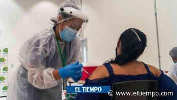 Vacunación masiva de ciudadanos de 55 a 59 años en Neiva - El Tiempo