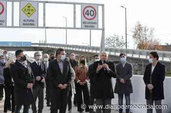 """Inauguraron el puente """"Mario Meoni"""" en San Antonio de Padua - Diario Democracia"""