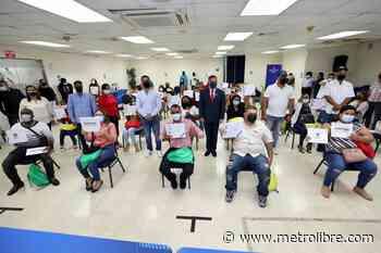 Entregan Capital Semilla a 24 emprendedores de Panamá Este - Metro Libre