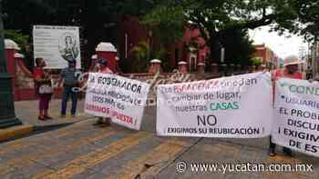 Cierran calle en Santa Lucía en protesta por paradero de autobuses - El Diario de Yucatán