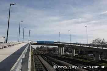 Se inauguró en Merlo el primero de los puentes modulares para la línea Sarmiento - Que Pasa Web