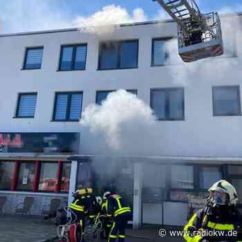 Neun Menschen in Kamp-Lintfort über Drehleiter gerettet - Radio K.W.