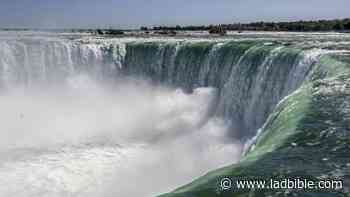 US Army Found Bodies And Coins When It Ran Niagara Falls Dry - LADbible