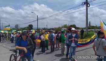 Marcha carnaval de manera pacífica en Armenia - Caracol Radio