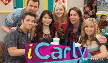 ¡En la nostalgia! Miranda Cosgrove recrea meme de iCarly y se convierte en tendencia - lared.com.gt