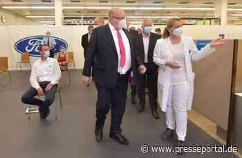 Minister Altmaier zu Besuch im Ford Impfzentrum in Saarlouis - Presseportal.de