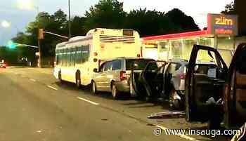 VIDEO: Aftermath of Brampton four-vehicle crash - insauga.com