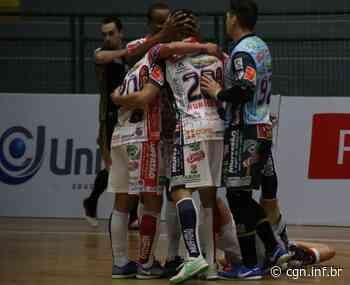Fora de casa, Cascavel Futsal vence de virada o Blumenau e assume a liderança do Grupo B da Liga Nacional - CGN