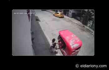 VIDEO: Captan a hombre toqueteando a dos niñas en Villahermosa, Tabasco - El Diario NY