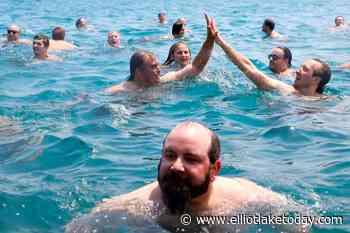 Chicago man jumps into Lake Michigan for 365th straight day - ElliotLakeToday.com