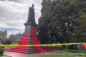 Queen Victoria statue at BC legislature vandalized Friday – 100 Mile House Free Press - 100 Mile Free Press