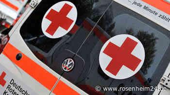 Betrunkene Autofahrerin aus Bad Endorf kommt von Fahrbahn ab und prallt frontal in entgegenkommendes Fahrzeug