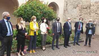 Tesi in presenza nel polo universitario di Foligno - Agenzia ANSA