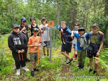 Clearwater youth have fun with disc golf - Clearwater Times