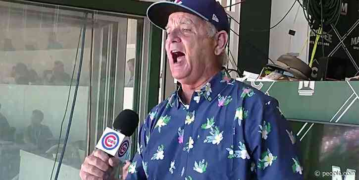 Bill Murray Sings at Cubs' First Full-Capacity Game Since Pandemic | PEOPLE.com - PEOPLE