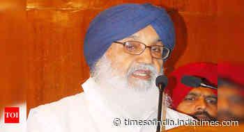 Kotkapura police firing case: SIT summons former Punjab CM Prakash Badal on June 16