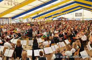Blumberg: Bei der 750-Jahrfeier Blumbergs vor zehn Jahren war der Auftritt des Gesamtchors mit der Stadtkapelle ein Höhepunkt - SÜDKURIER Online