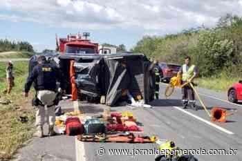 Colisão deixa motorista presa às ferragens, na BR-470 - Jornal de Pomerode