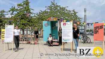 Gerechte Arbeit: Wolfsburger spontan vor der Kamera