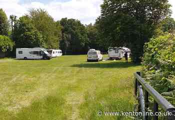Travellers claim to officials they have Covid-19