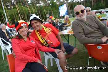 Supporters genieten op voetbal Zandhoven van EK-match