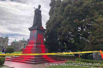 Queen Victoria statue at BC legislature vandalized Friday – Ladysmith Chronicle - Ladysmith Chronicle