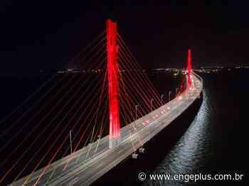 Ponte Anita Garibaldi ganha iluminação especial em alusão ao Dia dos Namorados - Engeplus