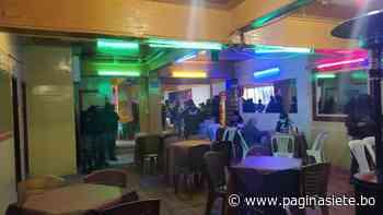 La Alcaldía interviene local cerca de la Plaza Murillo donde se consumían bebidas alcohólicas - Pagina Siete