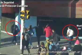 El Talar: dos pungas robaron un celular arriba de un colectivo y el COT logró interceptarlas - elcomercioonline.com.ar