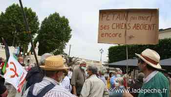 """À Auch, près de 100 personnes ont """"marché pour les libertés"""" - ladepeche.fr"""
