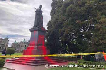 Queen Victoria statue at BC legislature vandalized Friday – Campbell River Mirror - Campbell River Mirror