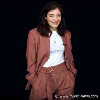 Lorde set for highest new entry on the Official Singles Chart with 'Solar Power'
