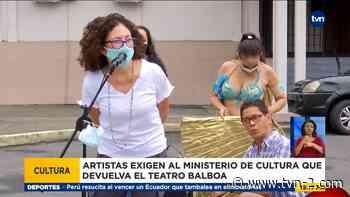 Artistas protestan frente al Teatro Balboa, piden que se utilice para fines culturales y artísticos - TVN Noticias