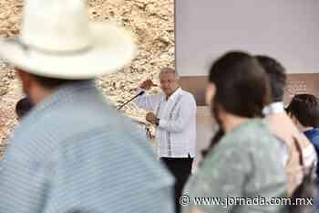 Difunde López Obrador videos para dar detalles de su gira por Oaxaca - La Jornada