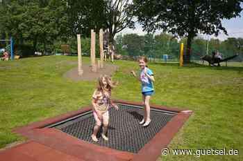 Kinder und Jugendliche erobern begeistert neuen Spielplatz in Verl-Sürenheide - Gütsel