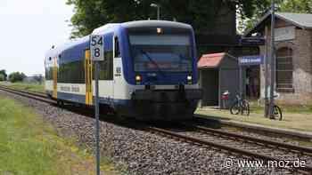 Eisenbahn Regionalverkehr Schiene: Probebetrieb verlängert - Regionalbahn zwischen Eberswalde und Templin fährt weiterhin - moz.de