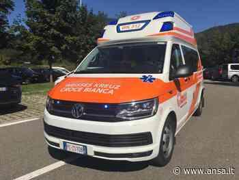 Sei feriti in scontro auto contro bus sopra Merano - Agenzia ANSA